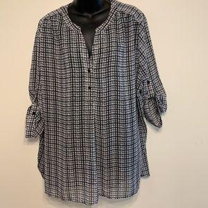 Cute beautiful blouse size 2x like new condition